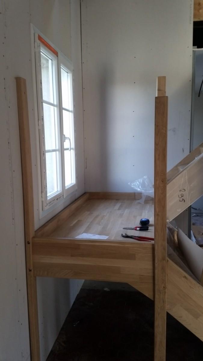 pose d 39 un escalier sur mesure en ch ne 2 4 tournant azerat 43 admin. Black Bedroom Furniture Sets. Home Design Ideas